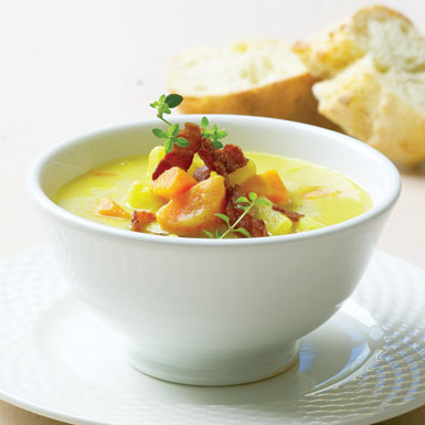 Kartoffelsuppe med bacon topping